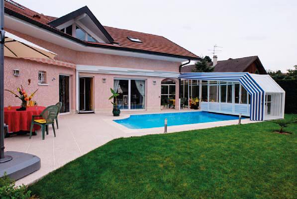 Une piscine en r gion parisienne a vaut le coup guide piscine house - Abri piscine adosse maison nanterre ...